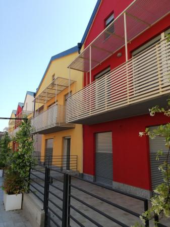Trilocale in vendita a Pavia in Via Mascherpa