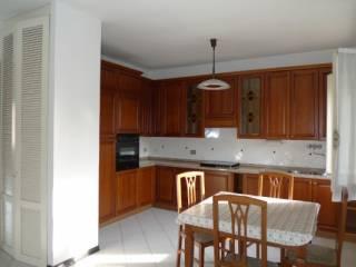 Foto - Appartamento buono stato, terzo piano, Correggio
