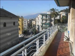 Foto - Quadrilocale buono stato, secondo piano, Pegli, Genova