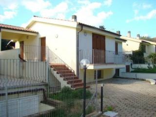 Foto - Casa indipendente via Mar Ligure 33, Pittulongu, Olbia