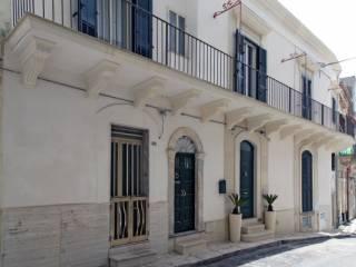 Foto - Palazzo / Stabile via Ruggero Settimo, Centro città, Ragusa