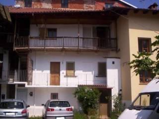 Foto - Casa indipendente via Dottore Secondino Mazzone 8, Serravalle Sesia