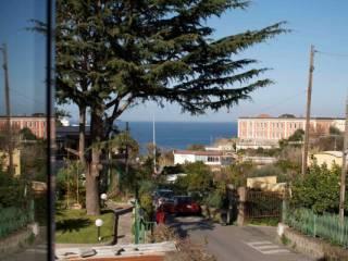 Foto - Trilocale via Principessa Margherita, Casamicciola Terme