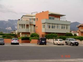 Foto - Appartamento viale Giovanni da Verrazzano 15, Carrara