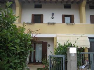 Foto - Casa indipendente 130 mq, buono stato, Giavera Del Montello