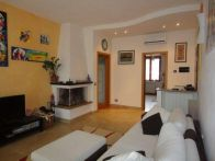 Foto - Quadrilocale ottimo stato, ultimo piano, Monteriggioni