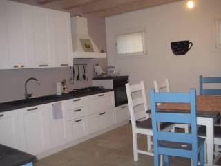 Foto - Casa indipendente 180 mq, ottimo stato, Giavera Del Montello