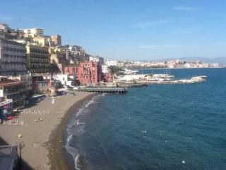 Attività / Licenza Vendita Napoli  1 - Chiaia, Posillipo, San Ferdinando