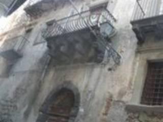 Foto - Palazzo / Stabile tre piani, da ristrutturare, Castiglione Di Sicilia