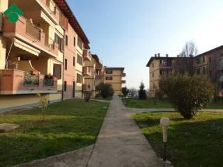 Foto - Trilocale via Alessandro Manzoni 33, Truccazzano