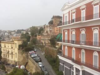 Foto - Bilocale ottimo stato, quarto piano, Napoli