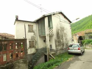 Foto - Casa indipendente via Capoluogo 50-51, Borassi, Roccaforte Ligure