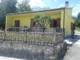 Foto - Villa Località San Pietro 45, San Pietro, Isola Del Gran Sasso D'Italia