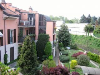 Foto - Trilocale via Luciano Manara 26, San Biagio, Monza