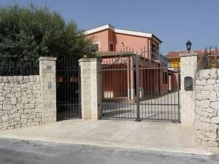 Foto - Villa via Filicudi 3, Porto Arenella, Siracusa