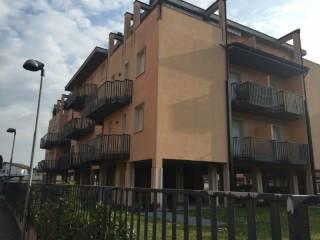 Foto - Trilocale piazza Papa Giovanni Paolo II 5, Sant'Angelo Lodigiano