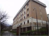 Palazzo / Stabile Vendita Castelluccio Superiore