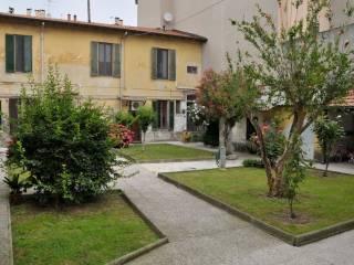 Foto - Bilocale via Dante Alighieri, Cesano Boscone