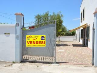 Foto - Villetta a schiera via Fano 70, Manduria