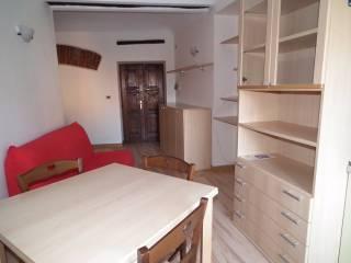Foto - Bilocale ottimo stato, ultimo piano, Centro città, Asti