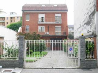 Foto - Casa indipendente via Gorizia, Novara