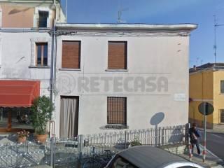 Foto - Villetta a schiera 4 locali, da ristrutturare, Bondeno