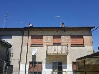 Foto - Villetta a schiera 4 locali, buono stato, Bondeno
