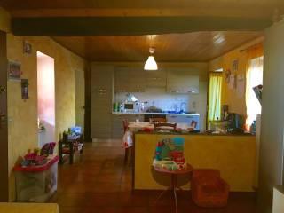 Foto - Trilocale via Lamarmora 6, Serravalle Sesia