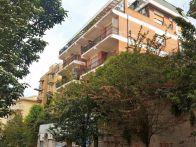 Foto - Appartamento buono stato, terzo piano, Roma