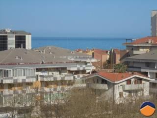Foto - Bilocale buono stato, quinto piano, Montesilvano