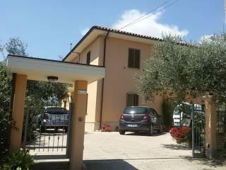 Foto - Villa via Guglielmo Marconi 44, Madonna Degli Angeli, Loreto Aprutino
