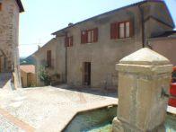 Foto - Palazzo / Stabile via Caserino 2, Marcetelli