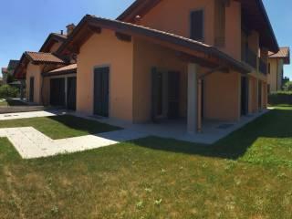 Foto - Villa via XXV Aprile 24, Cermenate