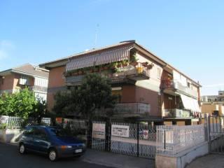 Foto - Trilocale via del Grano, Roma