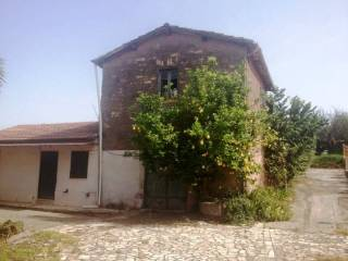 Foto - Rustico / Casale via Capitancelli, Velletri