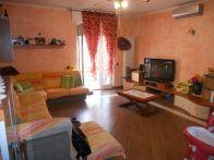 Foto - Trilocale ottimo stato, primo piano, Buccinasco
