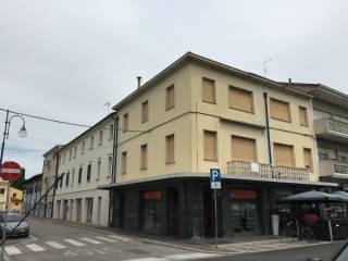 Foto - Appartamento via Vittorio Veneto 37, Latisana
