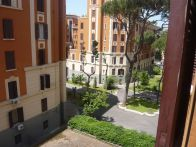 Foto - Quadrilocale via Taranto 89, Roma