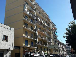 Foto - Trilocale via Giacomo Leopardi, Napoli