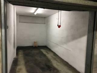 Foto - Box / Garage via Cimone 44, Crocetta, Modena