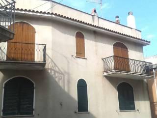 Foto - Trilocale via Vittorio Emanuele 1222, Dorgali