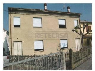 Foto - Casa indipendente 103 mq, da ristrutturare, Bondeno