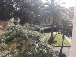 Foto - Trilocale piazza Napoleone, Spotorno