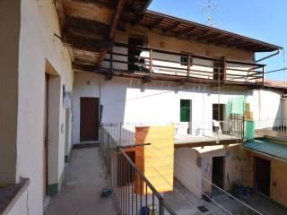 Foto - Casa indipendente via Pozzolo 26, Oleggio