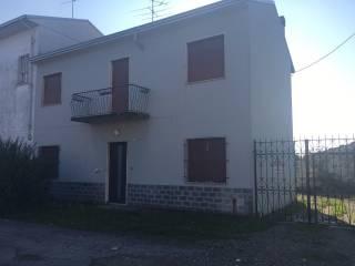 Foto - Casa indipendente 140 mq, buono stato, Pernate, Novara