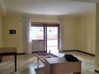 Foto - Appartamento buono stato, quarto piano, Roma