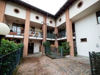 Foto - Trilocale via Ponti Carmine 10, Vermezzo
