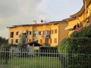 Foto - Trilocale via V  Veneto, Mornago