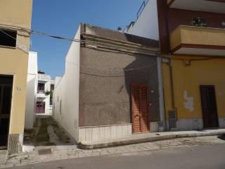 Foto - Casa indipendente via Solano, Lequile