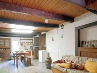 Foto - Casa indipendente via Marciadrini 11-17, Fanano